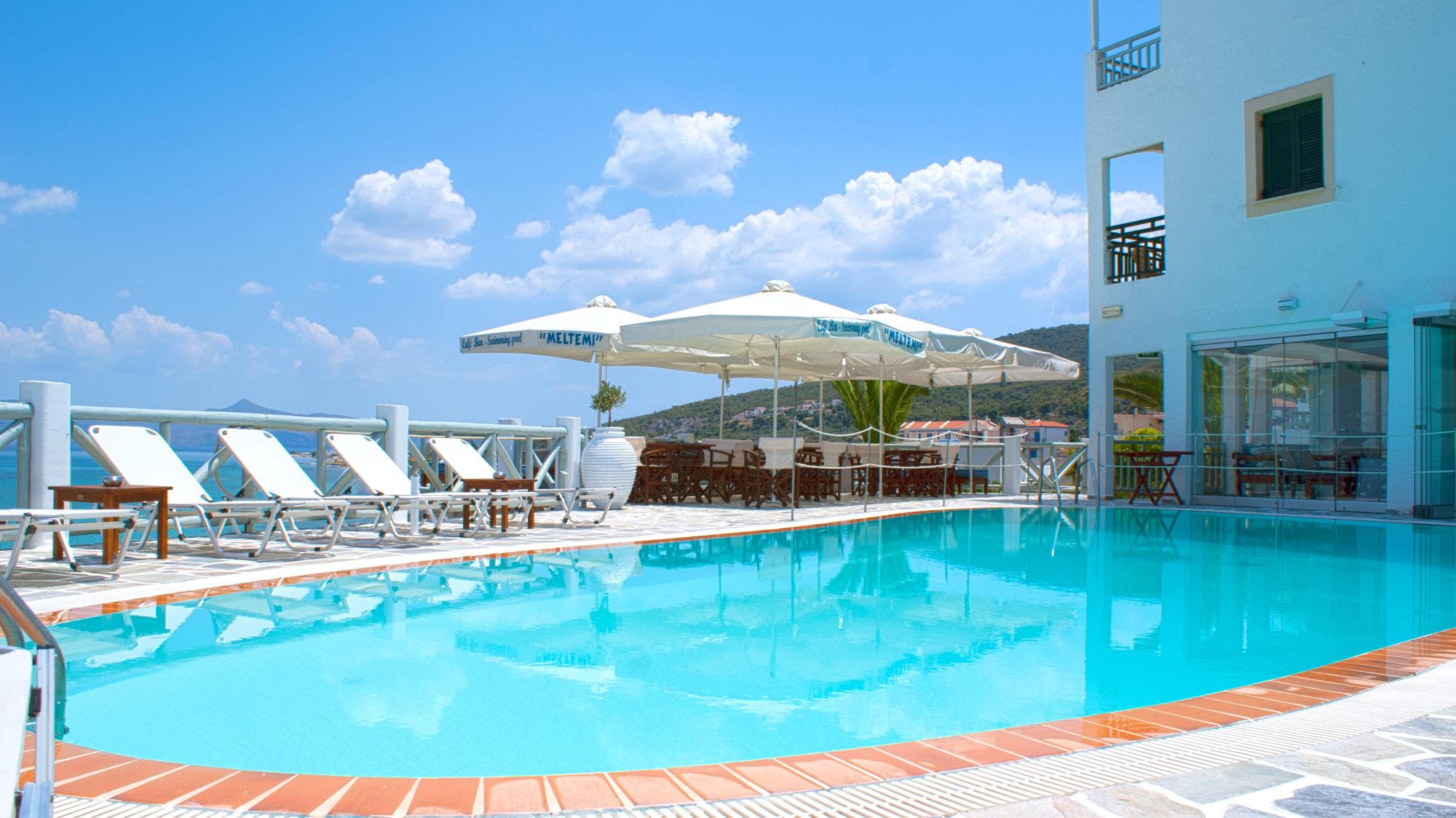 Meltemi hotel - pool bar – restaurant