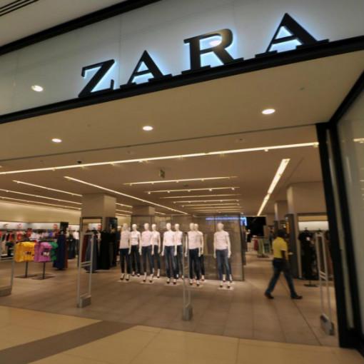 Αll about Zara: πώς οι 300 ντιζάινερ του οίκου δουλεύουν πυρετωδώς για ν' ανακαλύψουν τα νέα trends προτού τούς αντιγράψουν