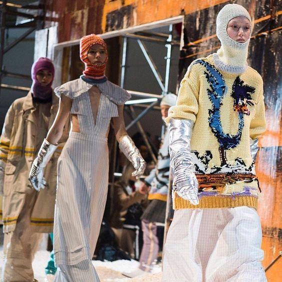 Balaclava masks, μπερέδες και ξεχάστε τα σκουφιά (φωτογραφίες)