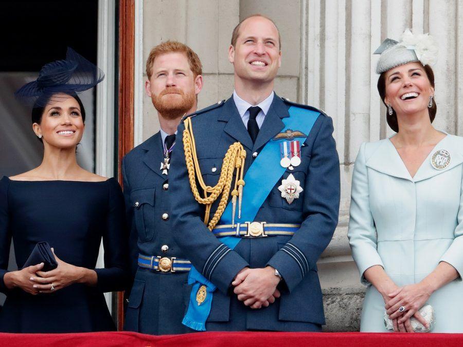 Κι όμως, κυκλοφόρησαν προφυλακτικά με βασιλικά ζευγάρια (φωτογραφία)