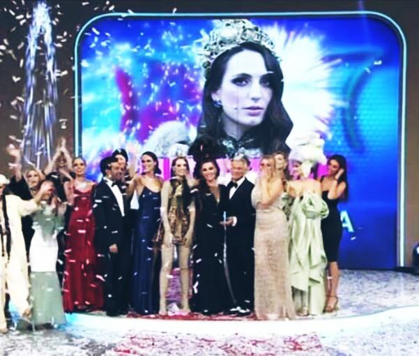 """Νικήτρια του """"My Style Rocks"""" η Φωτεινή Τράκα-δηλώσεις, κατάταξη, το πρώτο 5άρι του Κουδουνάρη & η γούρικη κορόνα: φωτογραφίες+βίντεο"""
