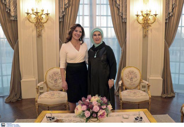 Το τσάι της Περιστέρας Μπαζιάνα με την Εμινέ Ερντογάν στο Λευκό Παλάτι (φωτογραφίες)