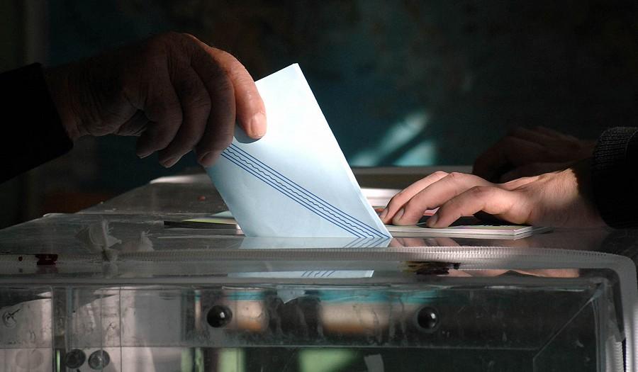 Έρευνα: σοβαρό προβάδισμα ΝΔ έναντι ΣΥΡΙΖΑ - εκτός Βουλής φαίνεται πως θα είναι τα μικρότερα κόμματα