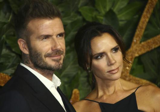 Απαρτία των Beckham στην επίδειξη της Victoria στο Λονδίνο (φωτογραφίες)