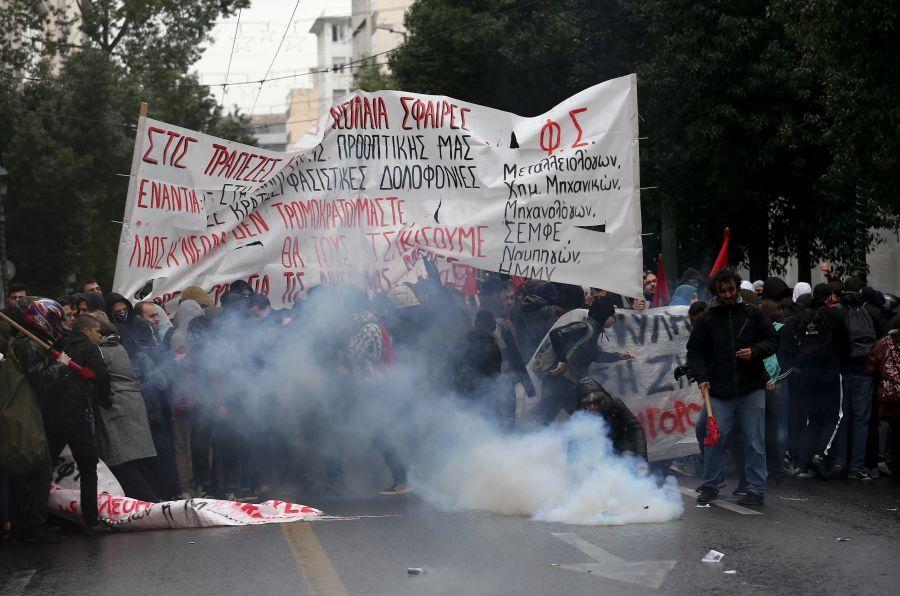 Ηλεκτρισμένο το κλίμα σε Αθήνα-Θεσσαλονίκη για τον Αλέξη (φωτογραφίες)