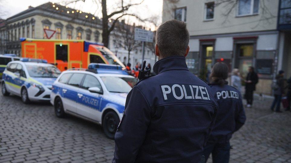 9χρονος κάλεσε την Αστυνομία επειδή δεν του άρεσαν τα δώρα του Άγιου Βασίλη!