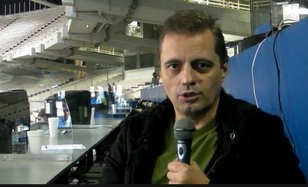 Τάσος Νικολογιάννης: Απολύθηκε από τον ΣΠΟΡ FM έπειτα από 18 χρόνια γιατί άσκησε κριτική στον Γιάννη Αλαφούζο! (ηχητικό)