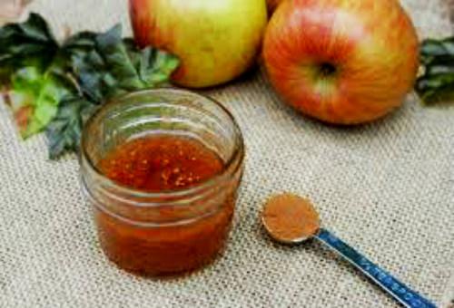Έλλη, να ένα μήλο: μην το φας, κάν'το body scrub