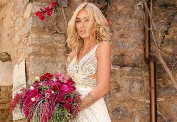 Η Μικαέλα Φωτιάδη διαψεύδει το τέλος της σχέσης της με τον Γιάννη Μπορμπόκη: Ποια ακύρωση γάμου; (φωτογραφία)
