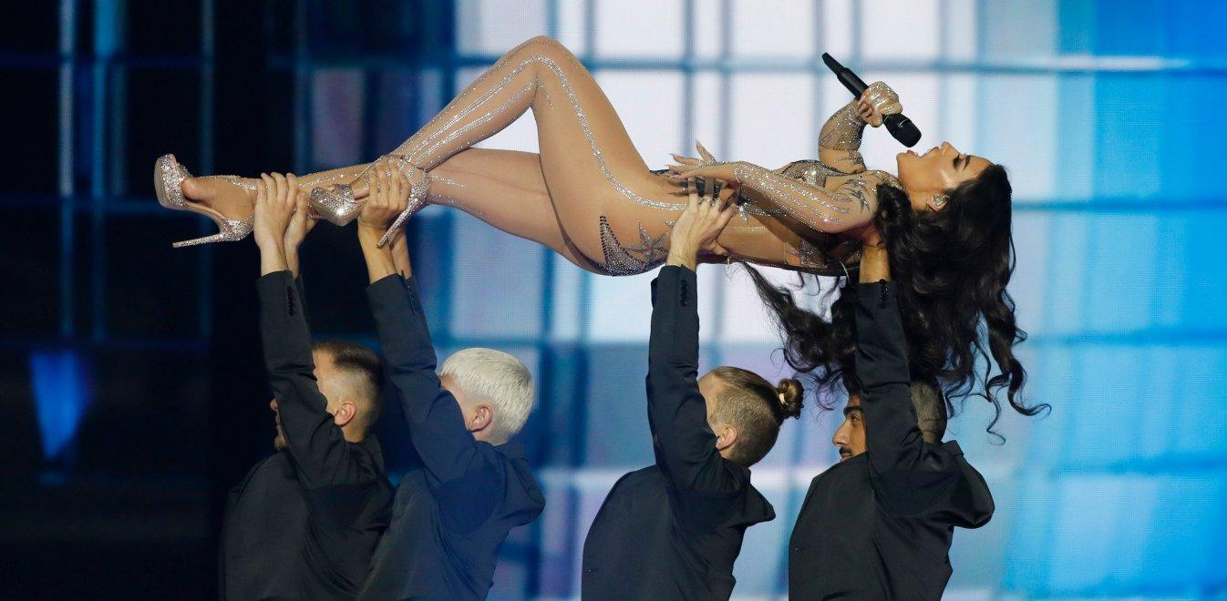 """Σαρώνει στα charts η """"Gypsy Woman"""" -και όχι μόνο- by Φουρέιρα (φωτογραφία+βίντεο)"""