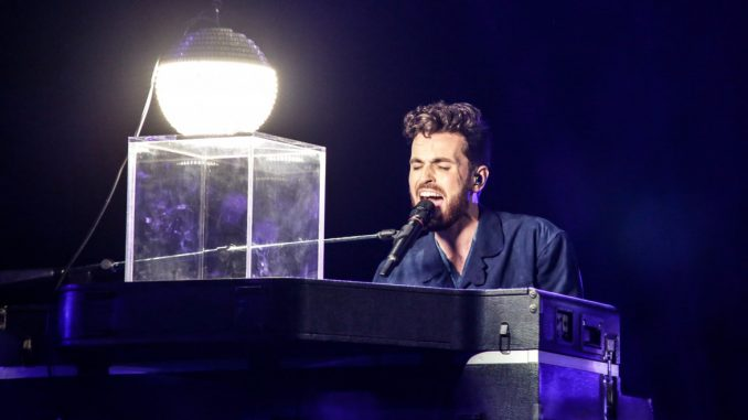 Eurovision: Οι μπούκερ ήταν ακριβείς-1η Ολλανδία, 2η Ιταλία, 3η Ρωσία. Tα highlights του διαγωνισμού (pics+vds)