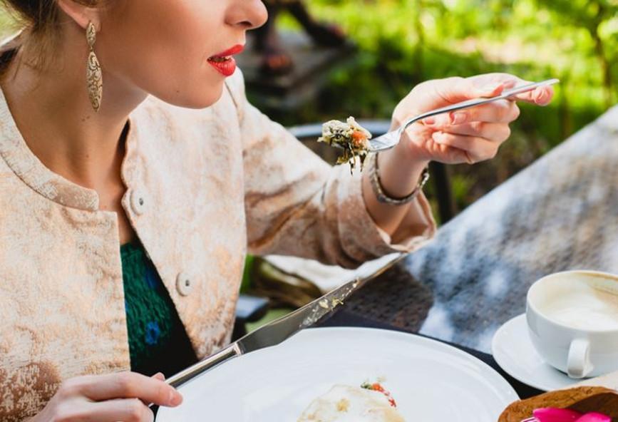 Έρευνα: Τελικά, το πρωινό πόσο βοηθά τη δίαιτα;