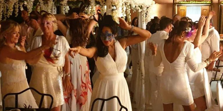 Το μεγαλύτερο γλέντι, ever, στη Σύμη έγινε σε τούρκικο γάμο-υπερπαραγωγή (pics+vds)