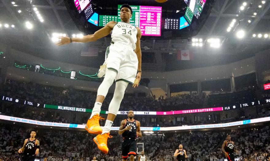 Δεν φαντάζεσαι τα ποσά που κερδίζει ο Αντετοκούνμπο - είναι ο φετινός MVP του NBA (φωτογραφία)