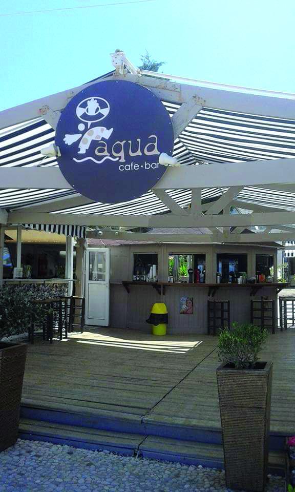 Aqua café bar