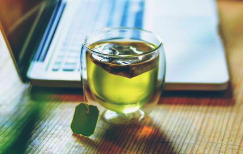 Detox: Αυτές οι 4 συνταγές θα σε κομψύνουν, φτιάξ'τες σήμερα