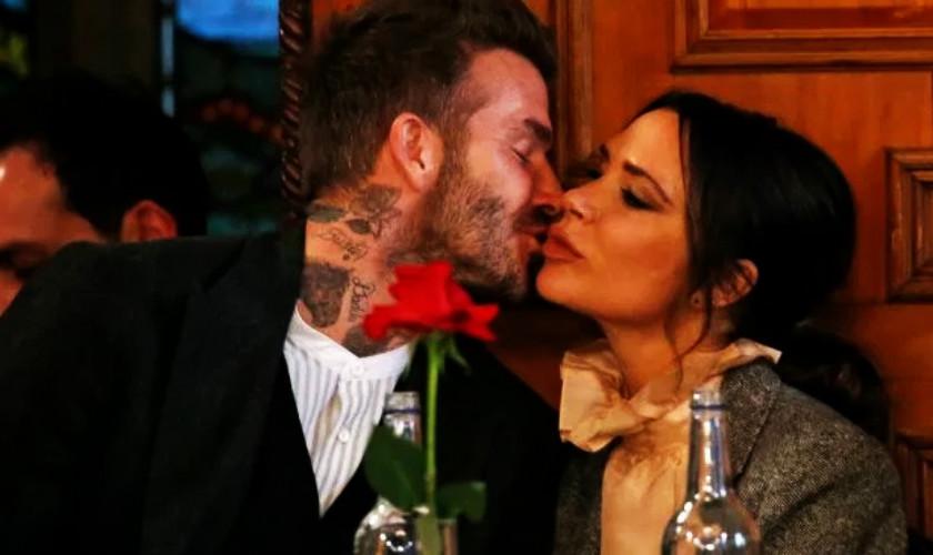 "David-Victoria Beckham: Γιόρτασαν 20 χρόνια γάμου - πώς το γιόρτασαν και τι έγραψε ο David για την ""αγάπη"" του (φωτογραφίες)"