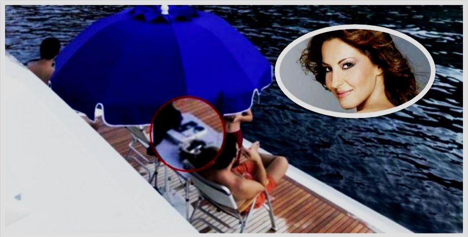 Το βιβλίο που διάβαζε ο Τσίπρας στο χλιδάτο σκάφος του Παναγόπουλου και το tweet-παρωδία της Άντζυς Σαμίου (φωτογραφία)