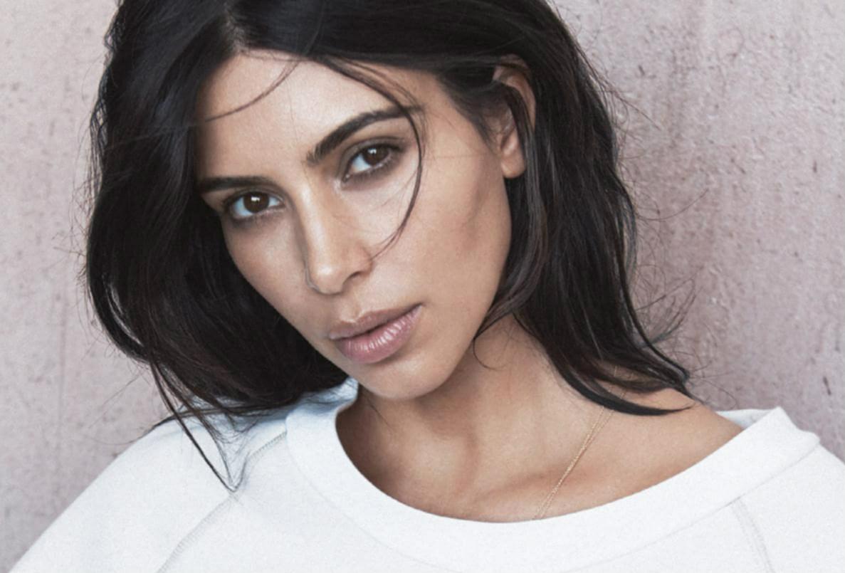 To πρώτο σόλο εξώφυλλο της Kardashian για την αμερικάνικη Vogue την τρέλανε: φωτογραφία