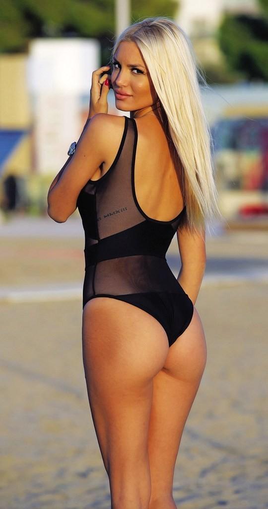 Η Αλεξάνδρα Παναγιώταρου αναστατώνει τα social media με τις σέξι καμπύλες της!