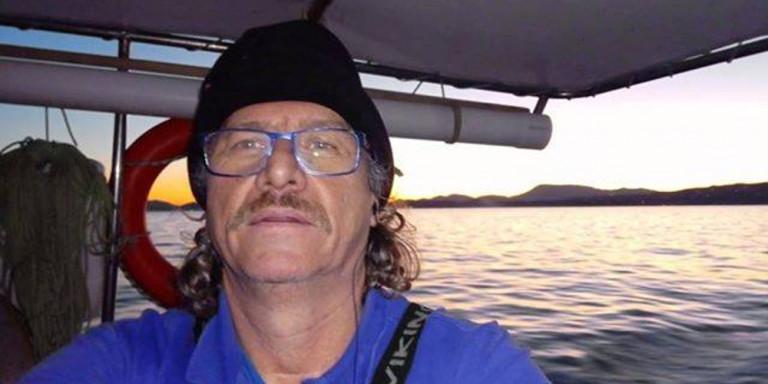 Ο αδερφός της Σοφίας Αρβανίτη, Κώστας, ο ήρωας ψαράς που έσωσε δεκάδες ζωές στο Μάτι, «έφυγε»...