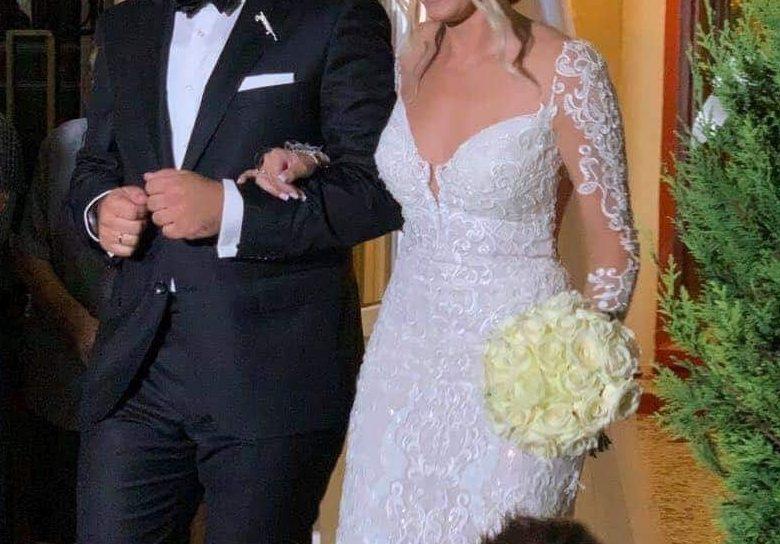 Έλληνας βουλευτής παντρεύτηκε τη σωματοφύλακά του - Ο γάμος έγινε στο Μετόχι Σερρών