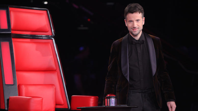 Ο Μαραβέγιας εγκαταλείπει την καρέκλα του «The Voice» - Όνομα – έκπληξη για την παρουσίαση