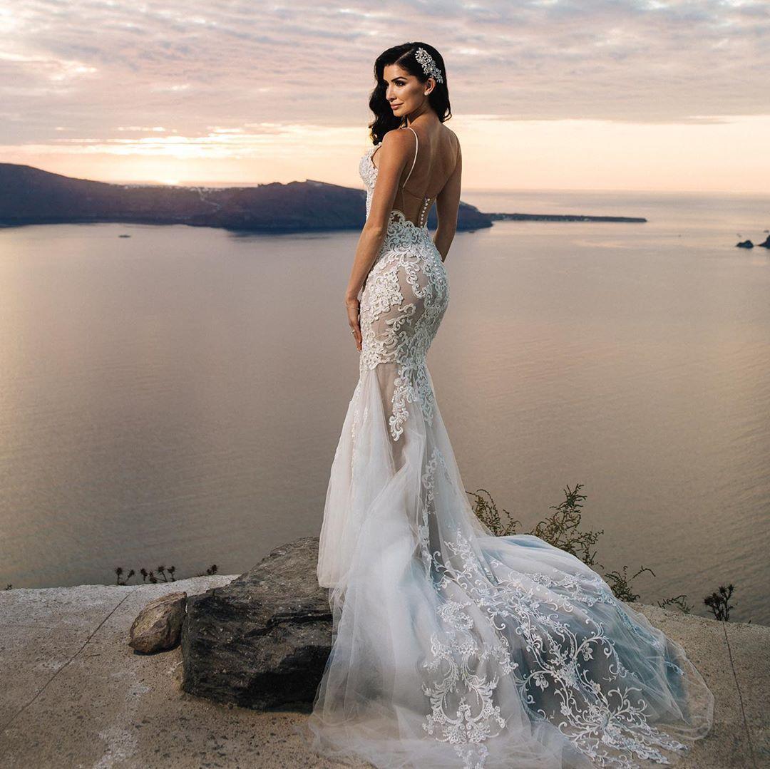 Λαμπερός γάμος για τον πλαστικό των διασημοτήτων και την αγαπημένη του Ελληνοαμερικανίδα καλλονή