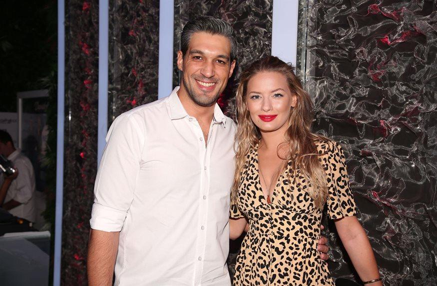 Γιάννης Αθητάκης – Ντόρα Μακρυγιάννη: Το νέο ζευγάρι στην ελληνική showbiz ή απλώς φίλοι;