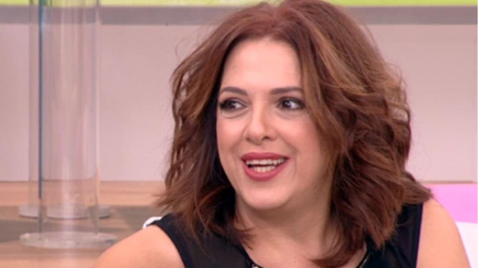 Ελένη Ράντου: «Η καραμέλα που μας πιπίλισαν ότι πληρωνόμασταν περισσότερο απ' όσο αξίζαμε, έχει οδηγήσει στο να υπάρχουν μηνιάτικα 300 και 500 ευρώ»