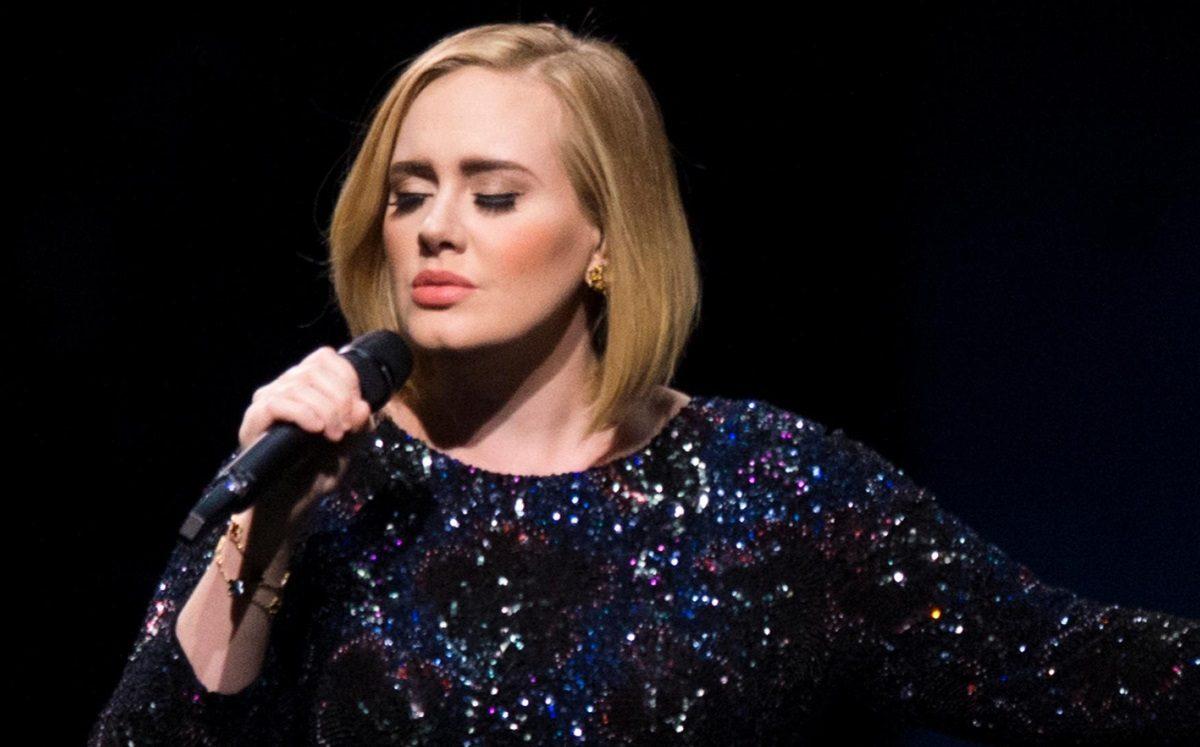 Η Adele στην αγκαλιά του πρώην της Ναόμι Κάμπελ