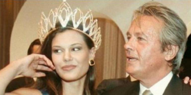 Η Ισαβέλλα Δάρρα αποκαλύπτει αν τη φλέρταρε ο Αλέν Ντελόν ή όχι στο παρελθόν