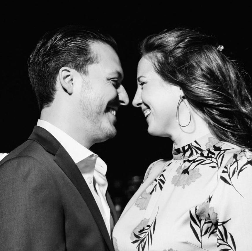 Η Θεοδώρα παντρεύεται στις Σπέτσες τον Μάιο με τον αγαπημένο της Matthew Kumar