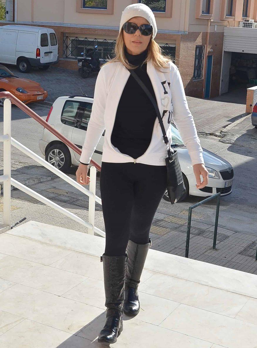 Κατερίνα Στανίση: Στο πλευρό της μητέρας της μόλις τελειώνει τη δουλειά της