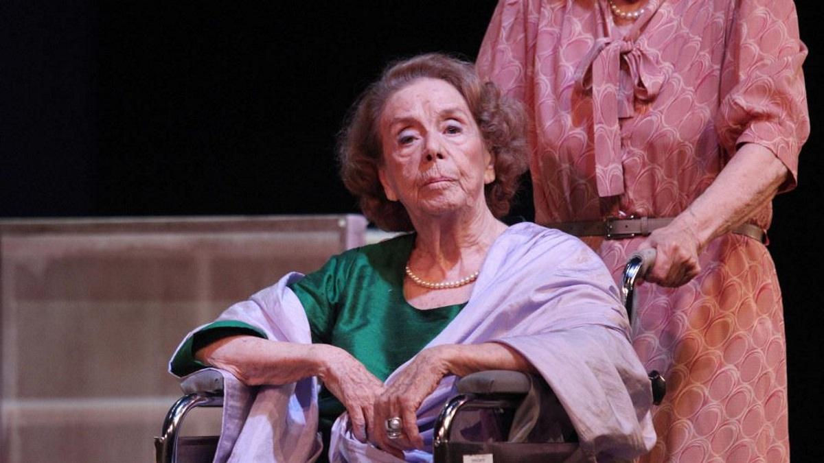 Τζένη Ρουσσέα: «Η Αλίκη Βουγιουκλάκη δεν ήθελε να παίξω με τον Δημήτρη Παπαμιχαήλ»