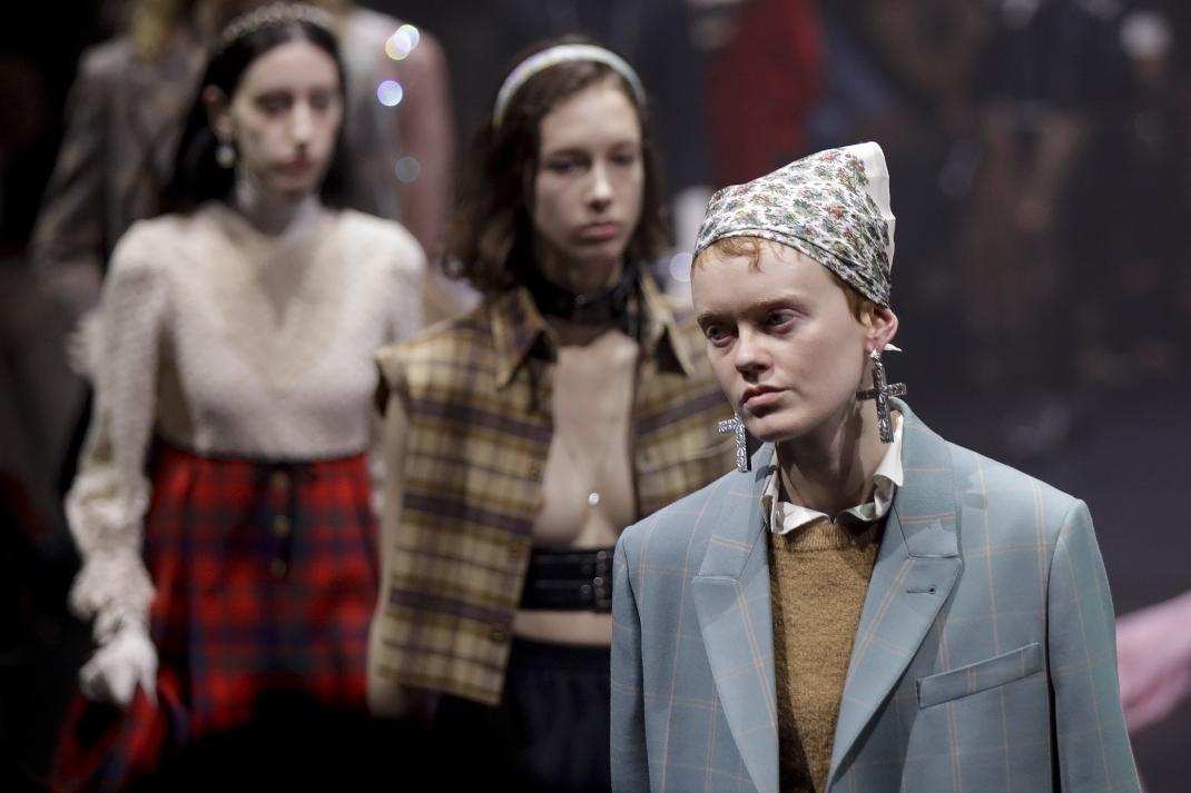 Η πρωτότυπη παρουσίαση της συλλογής Autumn/Winter '20-'21 του οίκου Gucci