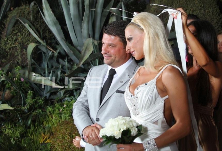 Φωτογραφίες από τη μέρα του γάμου του Νίκου Χαρδαλιά