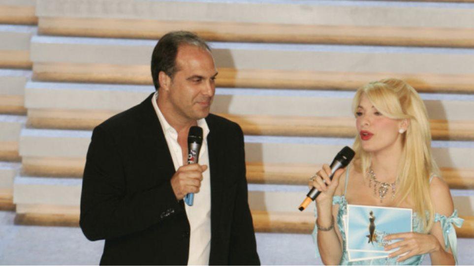 """Ο Στέφανο Σαρτίνι """"φλερτάρει"""" με την ωραία Ελένη της tv"""