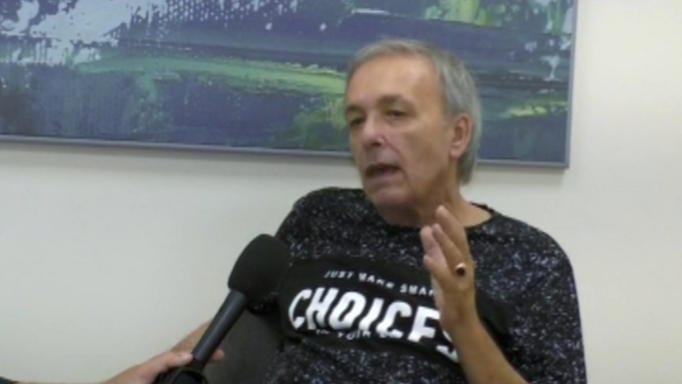 Συγκλονίζει ο Ανδρέας Μικρούτσικος – «Αν οι γιατροί δεν με περίμεναν όλοι απέξω να με διασωληνώσουν δεν θα προλάβαινα»