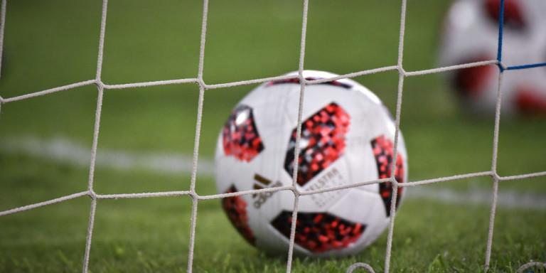 Η πιο μεγάλη μάχη θρύλου του ποδοσφαίρου: Στην εντατική με κορονοϊό