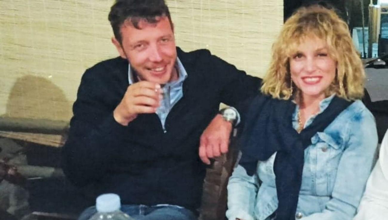 """""""Μας την έκαναν"""" Η Ελεωνόρα Ζουγανέλη και ο Σπύρος Δημητρίου παντρεύονται αιφνιδιάστηκα σήμερα στις Σπέτσες"""