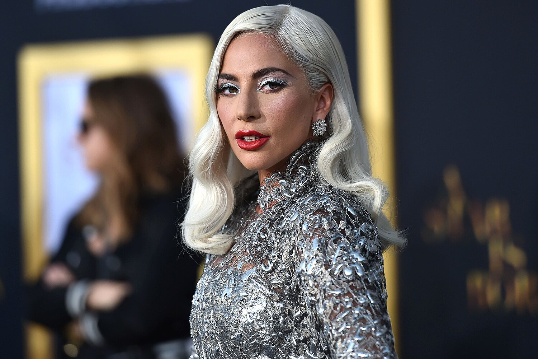 Απίστευτο; Η Lady Gaga στο πλευρό του Μπραντ Πιτ!