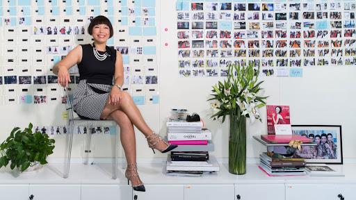 Αντζέλικα Τσενγκ: διαβάστε γιατί το εμβληματικό πρόσωπο της Vogue, παραιτήθηκε μετά από 15 χρόνια