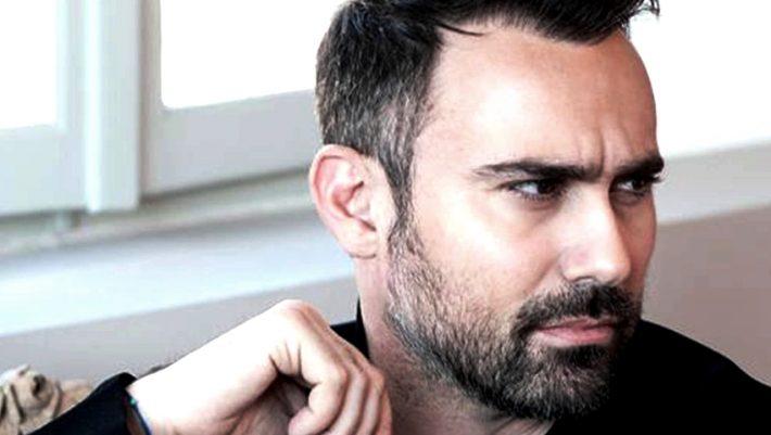 """Γιώργος Καπουτζίδης """"Μίλησα στους δικούς μου ανθρώπους για τη σεξουαλικότητα μου το 1995"""""""