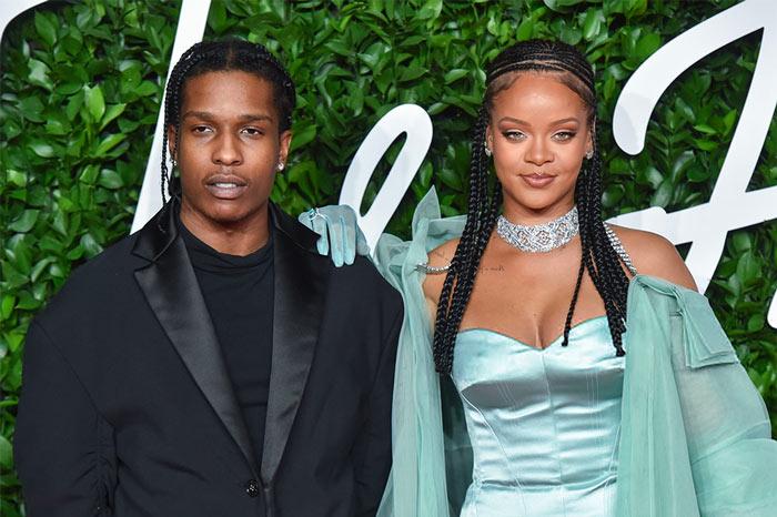 Rihanna και A $ AP Rocky: ταξίδι στην πατρίδα της τραγουδίστριας στα Μπαρμπέιντος με πολυτελές σκάφος