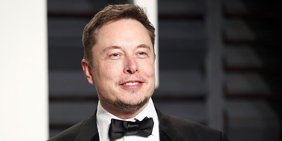 Έλον Μασκ: ο Mr. Tesla κατάφερε να ξεπεράσει τον Τζεφ Μπέζος σε περιουσία - Τον κοιτά πλέον από την κορυφή