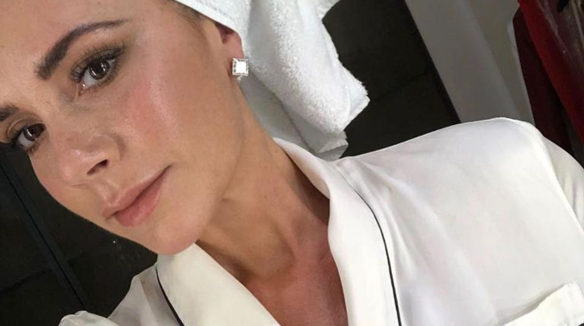 Βικτόρια Μπέκαμ: τα 5 μυστικά της για τέλεια νεανική επιδερμίδα