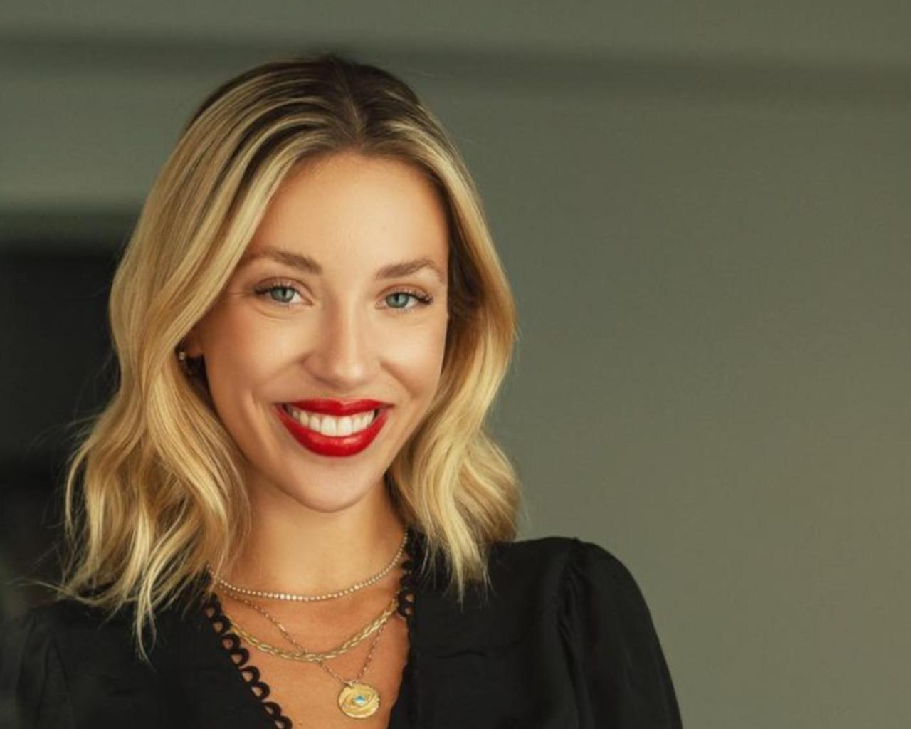Γαρυφαλλιά Καληφώνη: η νέα εντυπωσιακή αλλαγή στα μαλλιά της