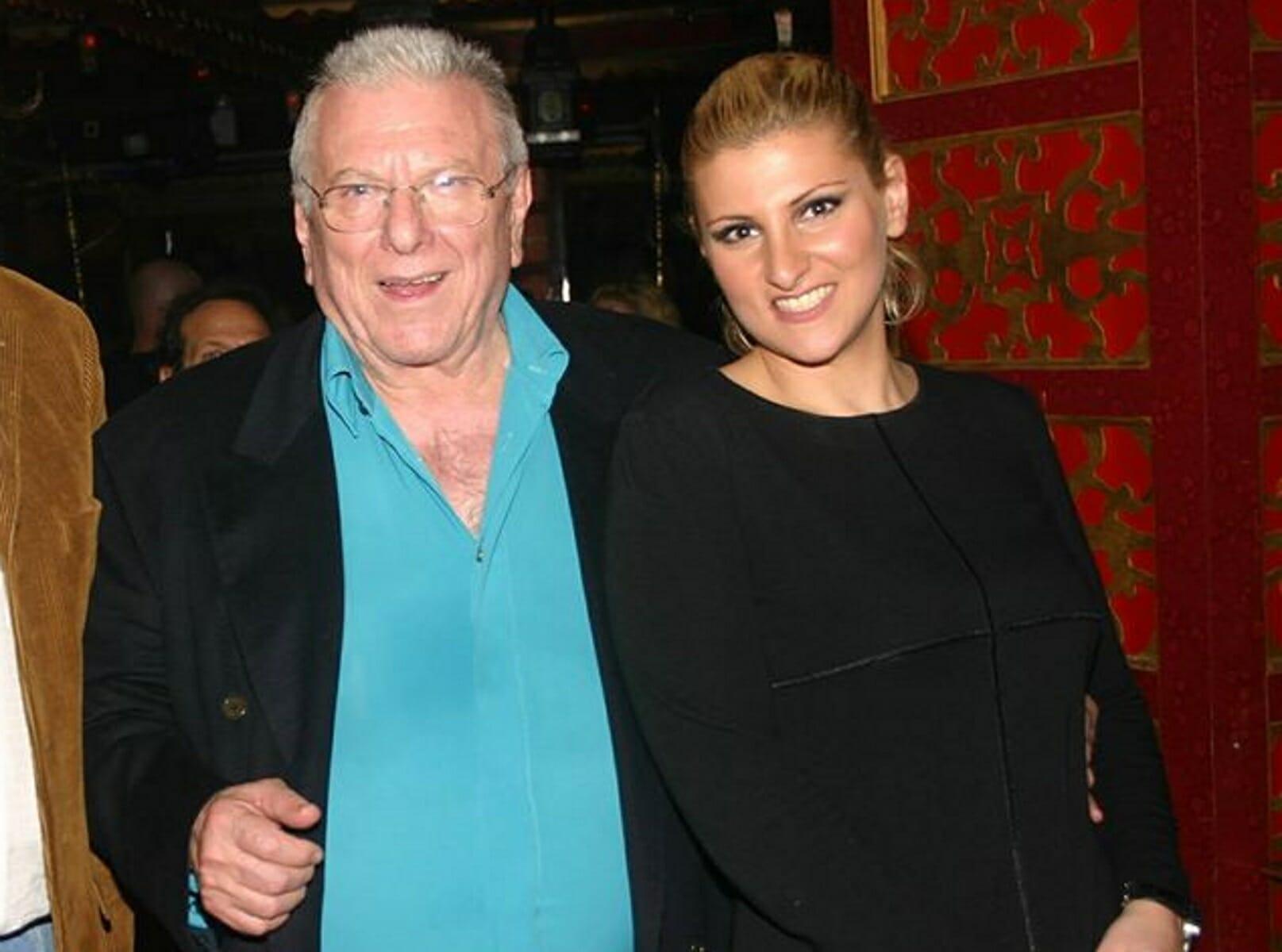 Κώστας Βουτσάς: Η κόρη του, Θεοδώρα ετοιμάζει ντοκιμαντέρ με τις τελευταίες του μέρες στην εντατική