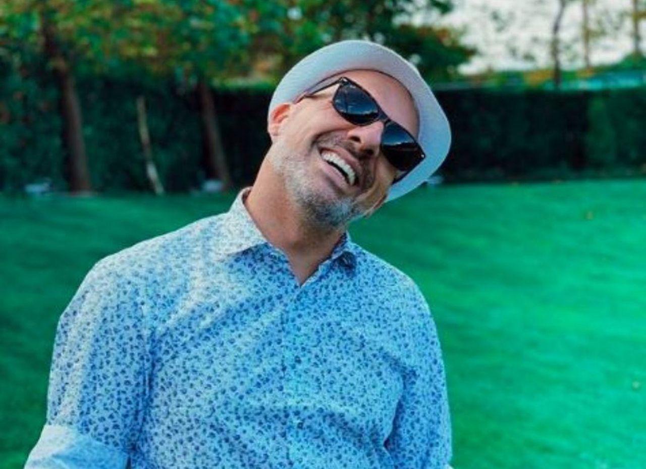 Νίκος Μουτσινάς: παραμένει στον Σκάι για τα επόμενα δύο χρόνια - Η ανακοίνωση του καναλιού
